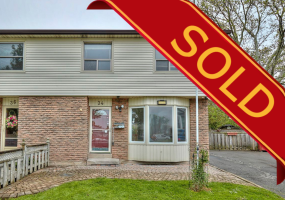 St. Catharines, L2R 7G9, 3 Bedrooms Bedrooms, ,2 BathroomsBathrooms,Semi-detached,Sold,34 Garfield Lane,1011