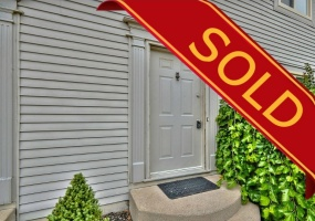 St. Catharines, L2M 7T1, 4 Bedrooms Bedrooms, ,2.1 BathroomsBathrooms,Townhome,Sold,#63-65 Dorchester Boulevard,1023