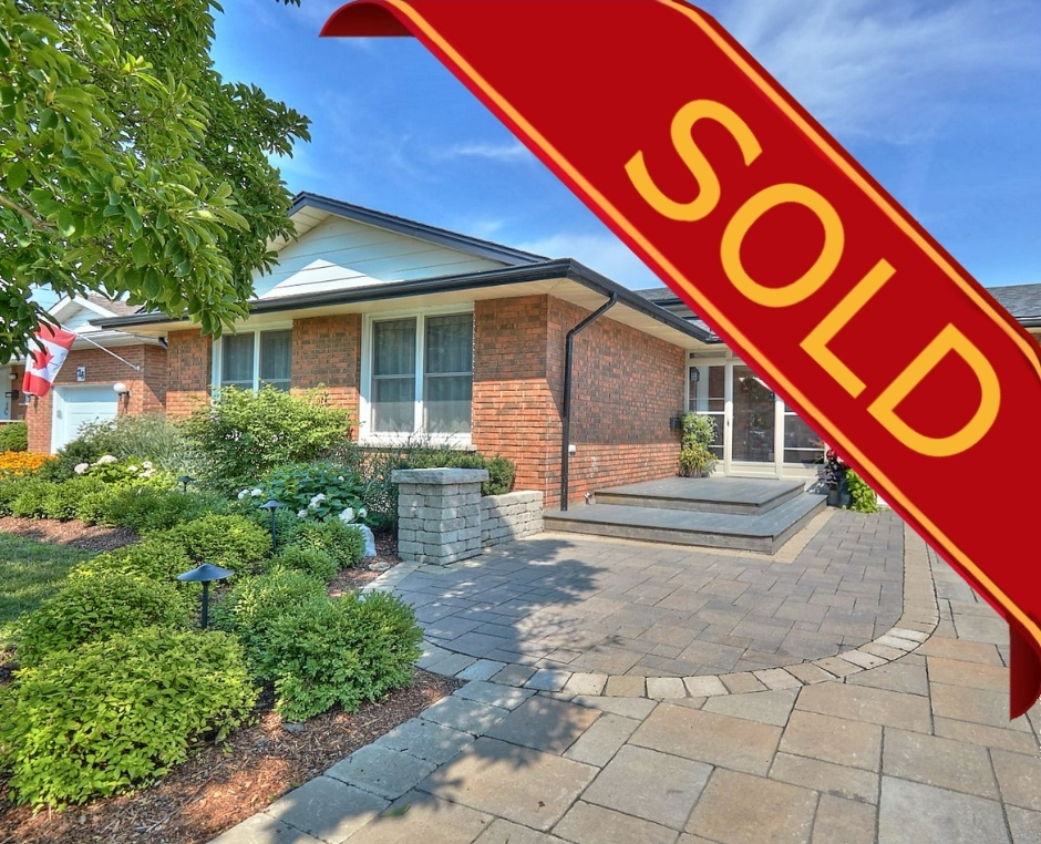 St. Catharines, L2M 1M2, 3 Bedrooms Bedrooms, ,2 BathroomsBathrooms,Detached,Sold,24 Noelle Drive,1028