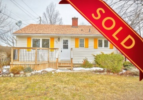 St. Catharines, L2P 1E8, 3 Bedrooms Bedrooms, ,Detached,Sold,53 Rockwood Avenue,1033