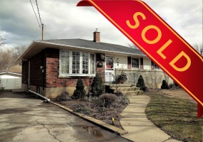 St. Catharines, L2N 5N1, 3 Bedrooms Bedrooms, ,3 BathroomsBathrooms,Detached,Sold,8 Robert St.,1047