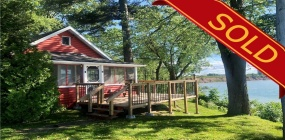 Niagara-on-the-Lake, L0S 1J0, 2 Bedrooms Bedrooms, ,1 BathroomBathrooms,Detached,Sold,3 Firelane 14A,1056