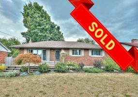St. Catharines, L2M 4J9, 3 Bedrooms Bedrooms, ,2 BathroomsBathrooms,Detached,Sold,38 Northwood Drive,1066
